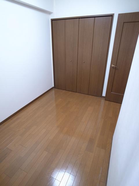 物件番号: 1025865983 カサベラ中山手通  神戸市中央区中山手通2丁目 3LDK マンション 画像3