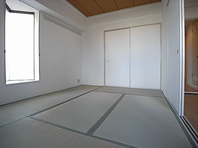物件番号: 1025837324 サンライズ壱番館  神戸市中央区生田町1丁目 2DK マンション 画像2