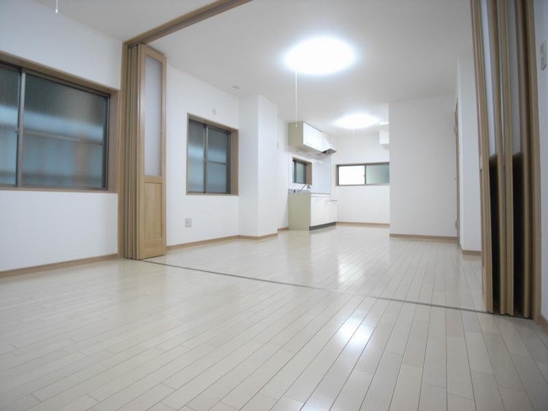物件番号: 1025839006 カーサフォルツァ  神戸市中央区山本通5丁目 2LDK マンション 画像4