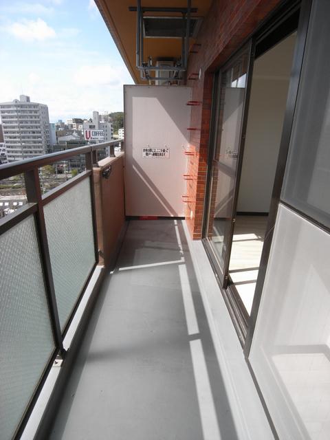 物件番号: 1025867239 シャンボール三宮  神戸市中央区熊内町4丁目 3LDK マンション 画像18