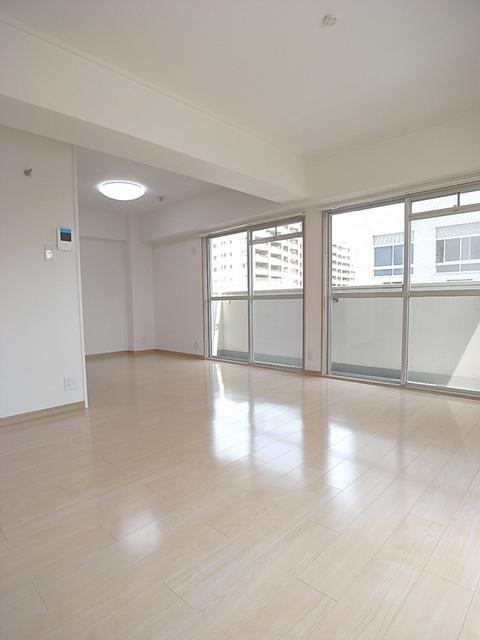 物件番号: 1025854361 ジュエリー山手  神戸市中央区下山手通7丁目 3LDK マンション 画像8
