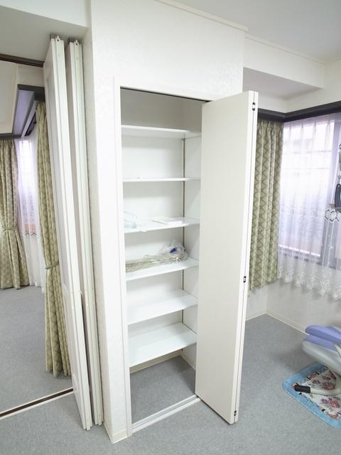 物件番号: 1025874619 アジュール山本通  神戸市中央区山本通5丁目 4SLDK マンション 画像3