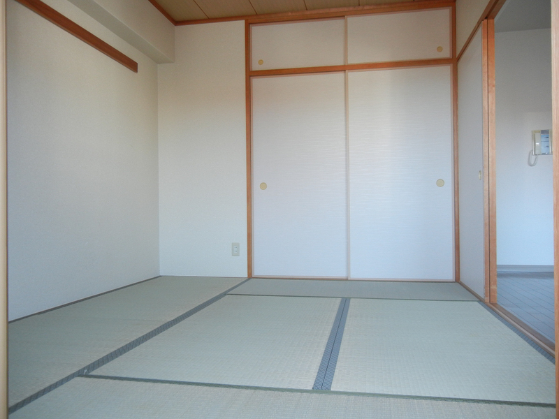 物件番号: 1025869930 ランドール六甲  神戸市灘区山田町2丁目 2LDK マンション 画像3