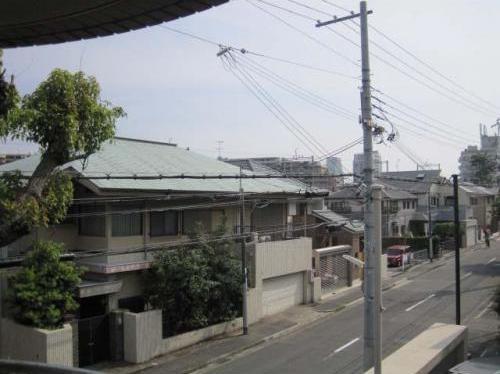 物件番号: 1025871650 オリバー西岡本  神戸市東灘区西岡本4丁目 3LDK マンション 画像2