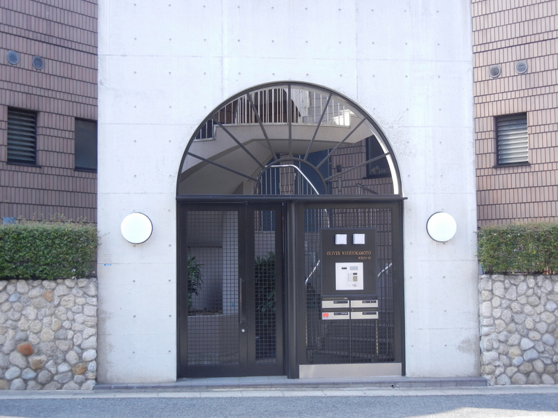 物件番号: 1025871650 オリバー西岡本  神戸市東灘区西岡本4丁目 3LDK マンション 画像1