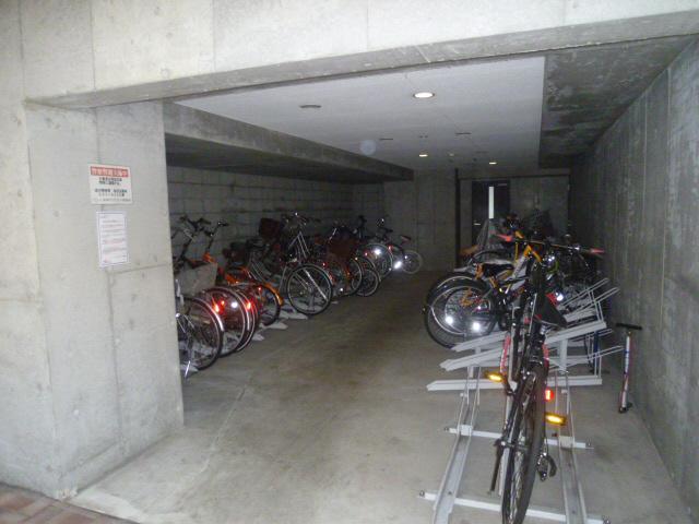 物件番号: 1025871695 ワコーレ新神戸カデンツァ  神戸市中央区布引町2丁目 2LDK マンション 画像19