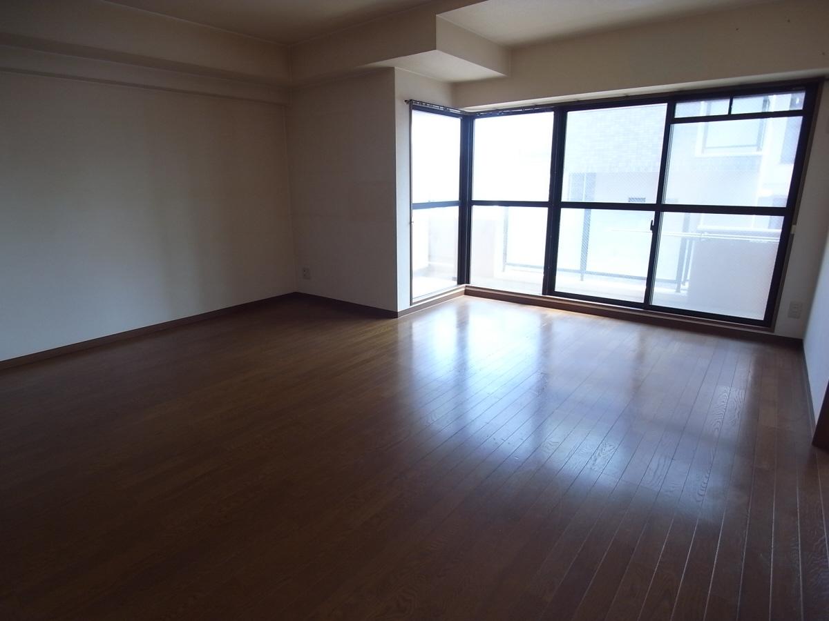 物件番号: 1025803116 エステムコート三宮東  神戸市中央区八雲通1丁目 3LDK マンション 画像13
