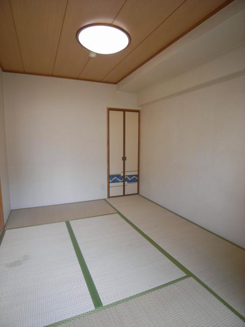 物件番号: 1025845160 阿部ビル  神戸市中央区北長狭通2丁目 2DK マンション 画像3