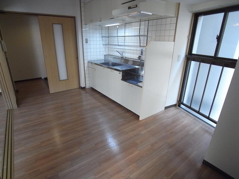 物件番号: 1025804425 メインステージ兵庫  神戸市兵庫区新開地4丁目 3DK マンション 画像3