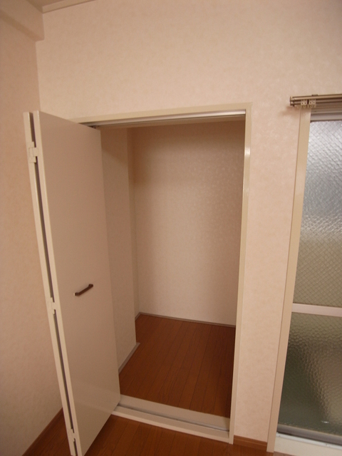 物件番号: 1025804815 幸和マンション  神戸市中央区加納町2丁目 1LDK マンション 画像13