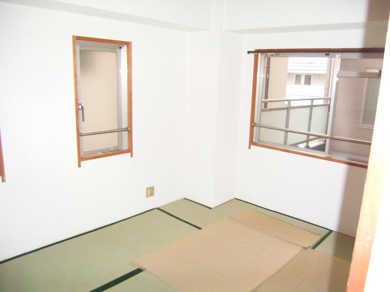物件番号: 1025840645 オーシャンビル  神戸市中央区筒井町3丁目 2DK マンション 画像3