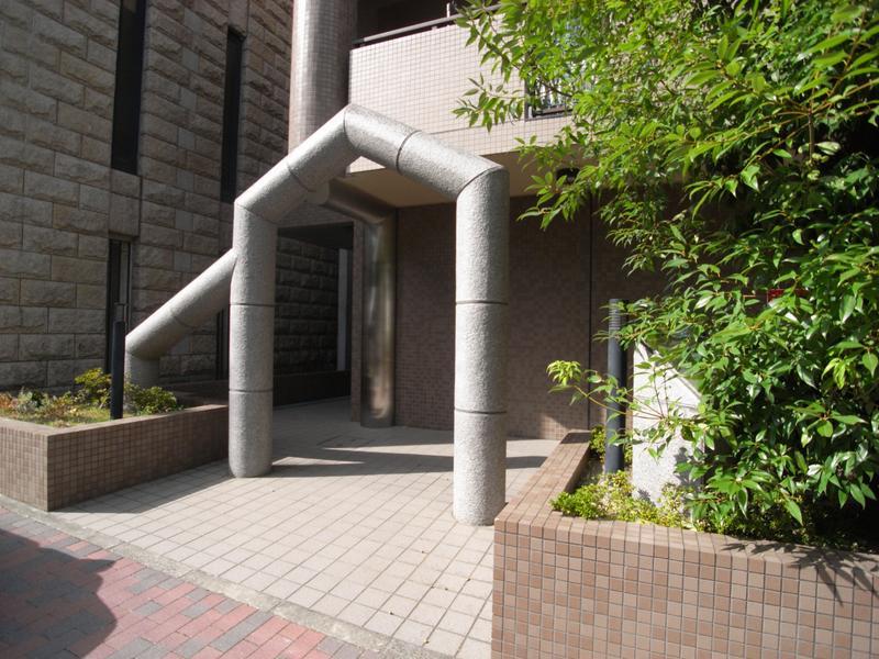 物件番号: 1025809708 ベルコート相楽園  神戸市中央区山本通5丁目 3LDK マンション 画像2