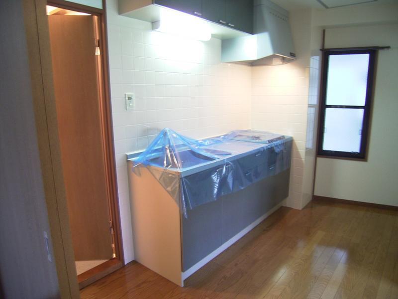物件番号: 1025846518 ロゼブル中山手  神戸市中央区中山手通2丁目 2DK マンション 画像1