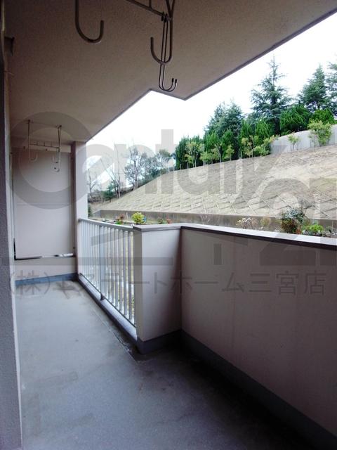 物件番号: 1025811000 北須磨マンションA-3  神戸市須磨区友が丘1丁目 3LDK マンション 画像12