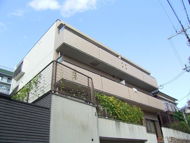 物件番号: 1025811445 マンションキシモトⅡ  神戸市中央区熊内町5丁目 2LDK マンション 外観画像