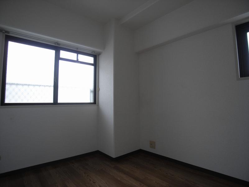 物件番号: 1025864429 ハイムあじさい  神戸市中央区熊内橋通6丁目 3LDK マンション 画像8