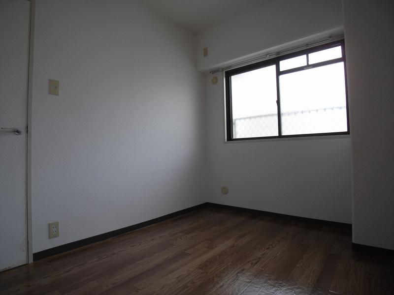 物件番号: 1025864429 ハイムあじさい  神戸市中央区熊内橋通6丁目 3LDK マンション 画像9