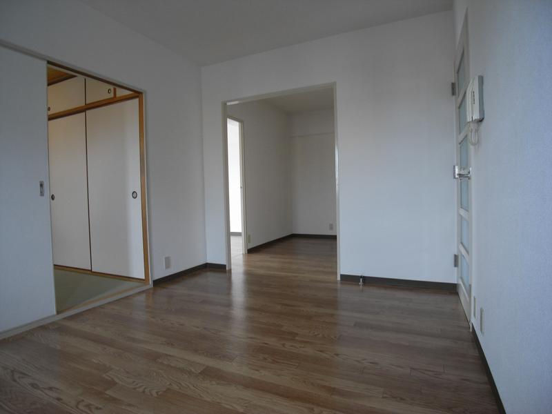 物件番号: 1025864429 ハイムあじさい  神戸市中央区熊内橋通6丁目 3LDK マンション 画像15