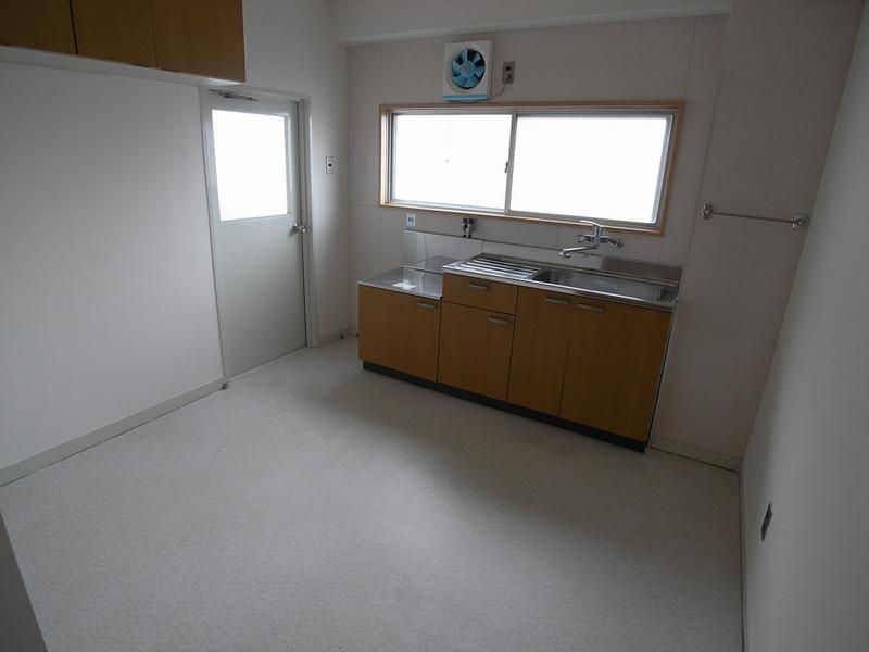物件番号: 1025858993 第2スカイマンション  神戸市中央区北野町4丁目 1LDK マンション 画像4