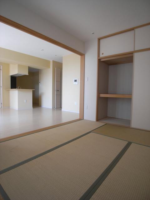 物件番号: 1025818515 ライオンズタワー神戸旧居留地  神戸市中央区伊藤町 3LDK マンション 画像2