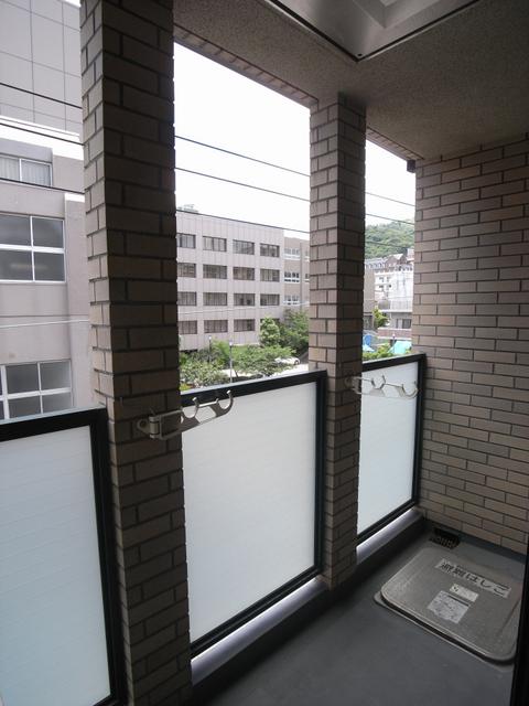 物件番号: 1025818650 メゾンメルベーユ  神戸市中央区中山手通2丁目 1LDK マンション 画像15