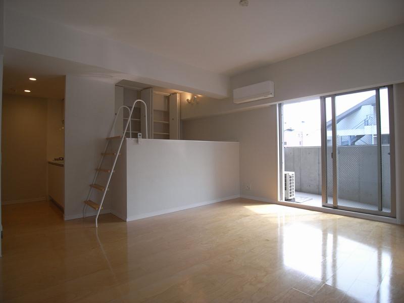 物件番号: 1025821925 ワイズコーポレーションビルディング  神戸市中央区下山手通2丁目 1R マンション 画像2
