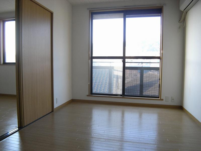 物件番号: 1025866588 中山手ガーデンパレスC棟  神戸市中央区中山手通7丁目 1LDK ハイツ 画像1
