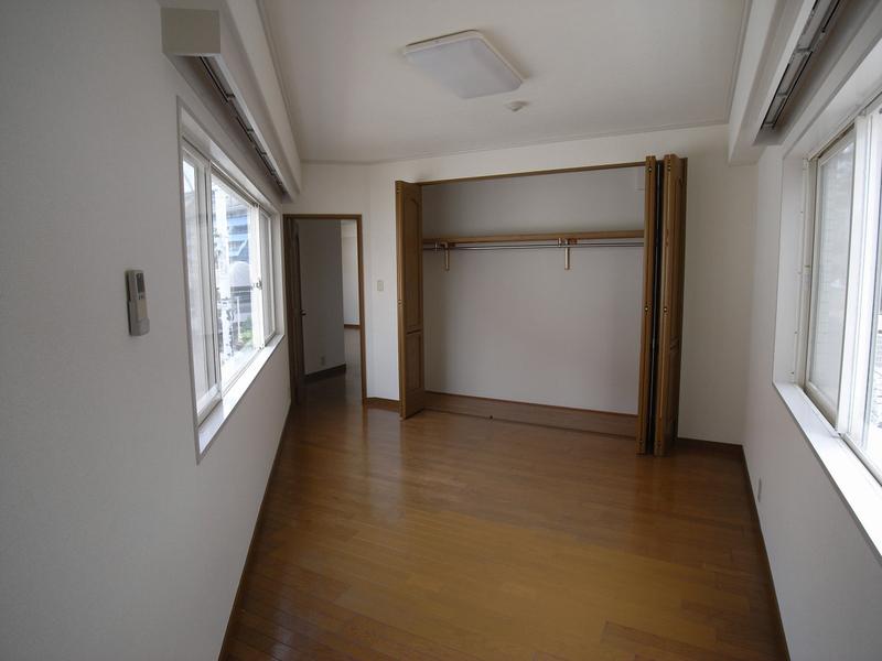 物件番号: 1025824434 第6スカイマンション  神戸市中央区山本通2丁目 2LDK マンション 画像2