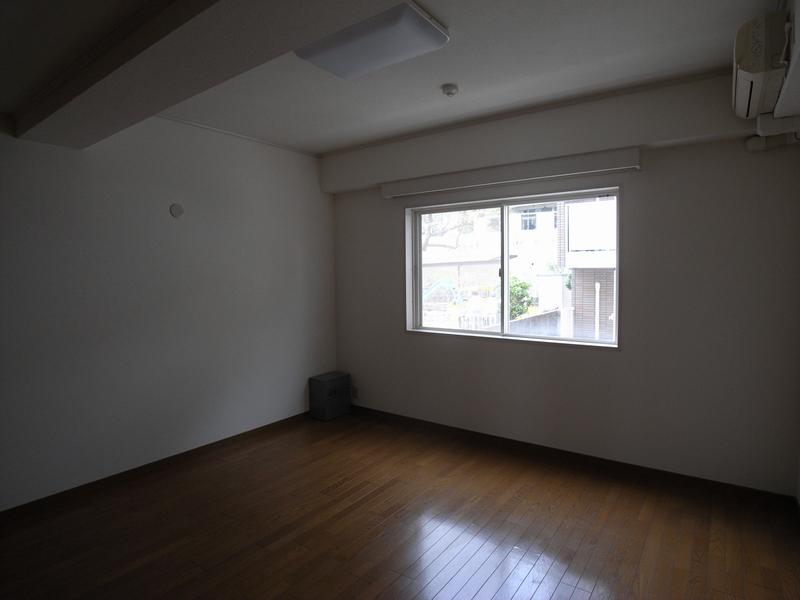 物件番号: 1025824434 第6スカイマンション  神戸市中央区山本通2丁目 2LDK マンション 画像3