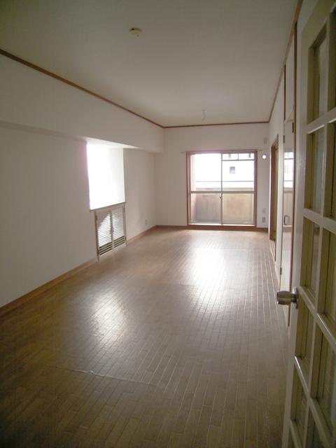 物件番号: 1025824478 三宮東ハイツ  神戸市中央区二宮町1丁目 3LDK マンション 画像2