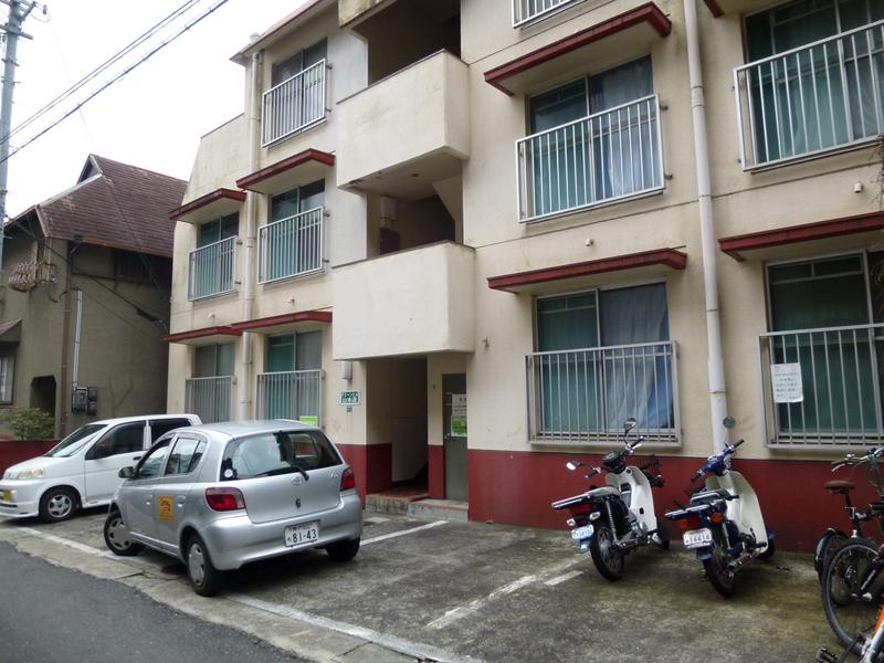 物件番号: 1025868680 グリーンヒル山本通  神戸市中央区山本通3丁目 3LDK マンション 画像1