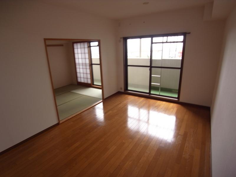 物件番号: 1025871057 パルシオ三宮フラワーロード  神戸市中央区浜辺通6丁目 2LDK マンション 画像7