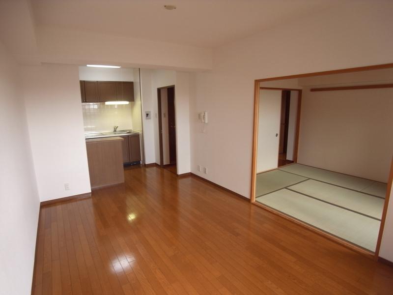 物件番号: 1025871057 パルシオ三宮フラワーロード  神戸市中央区浜辺通6丁目 2LDK マンション 画像8