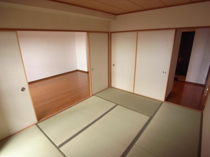 物件番号: 1025871057 パルシオ三宮フラワーロード  神戸市中央区浜辺通6丁目 2LDK マンション 画像9