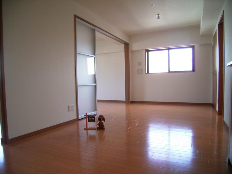 物件番号: 1025827094 リーガル神戸三宮山手  神戸市中央区下山手通2丁目 2LDK マンション 画像9