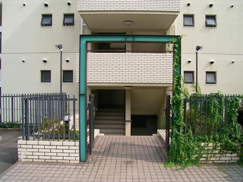 物件番号: 1025838022 ワコーレ赤坂山手  神戸市灘区赤坂通8丁目 3LDK マンション 画像2