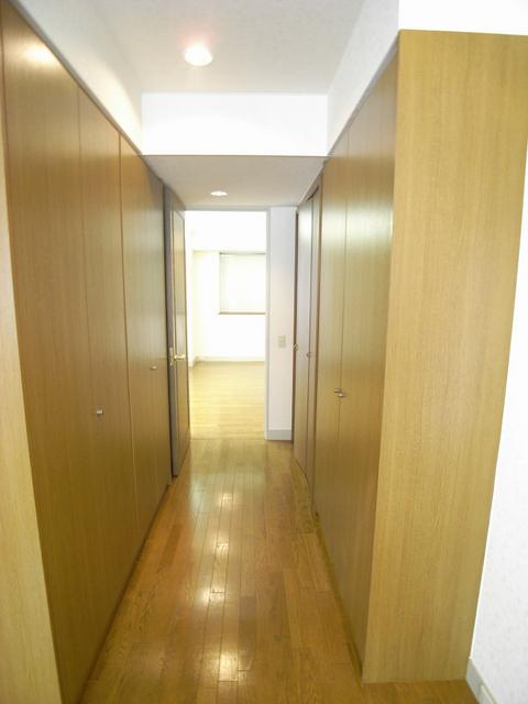 物件番号: 1025835095 MARINA北野  神戸市中央区加納町2丁目 2LDK マンション 画像3