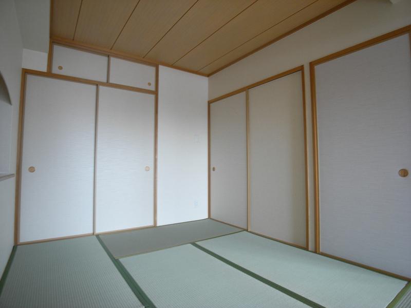 物件番号: 1025836021 エスリード神戸熊内  神戸市中央区熊内町4丁目 3LDK マンション 画像7