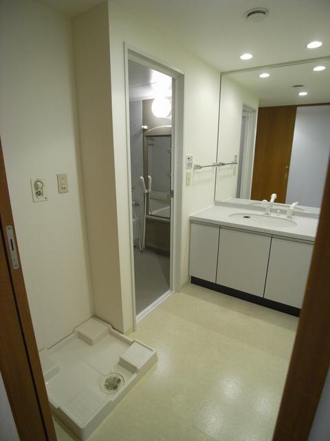 物件番号: 1025836703 レジディア三宮東  神戸市中央区磯上通3丁目 3LDK マンション 画像3