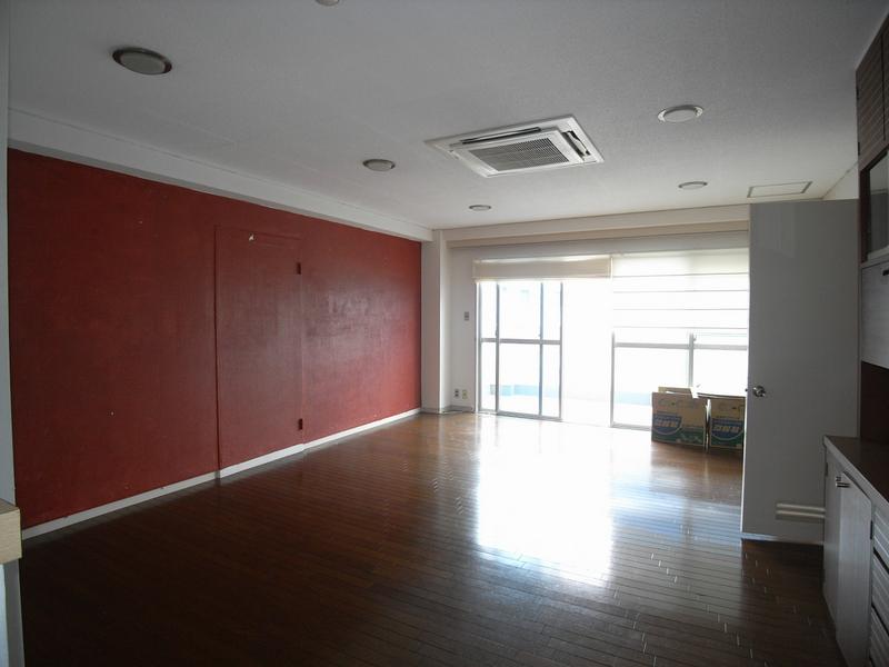 物件番号: 1025836850 KayceeCourt  神戸市中央区北野町1丁目 2LDK マンション 画像1