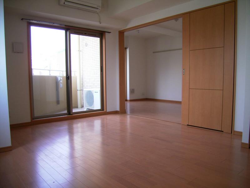 物件番号: 1025839999 プレサンス神戸駅前グランツ  神戸市中央区中町通3丁目 1LDK マンション 画像2
