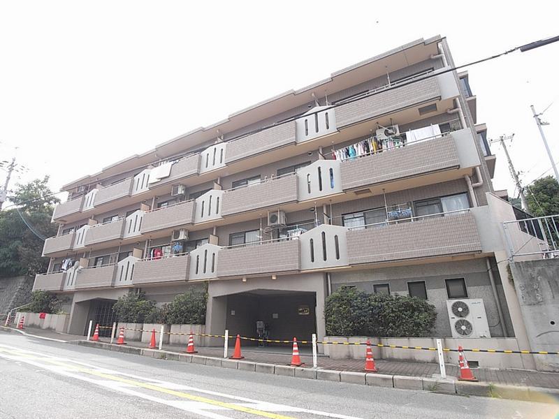 物件番号: 1025881124 サニーヒル北野  神戸市中央区山本通3丁目 2LDK マンション 外観画像