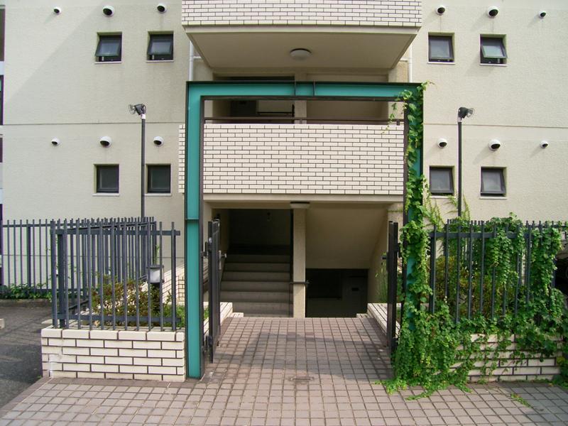 物件番号: 1025846144 ワコーレ赤坂山手  神戸市灘区赤坂通8丁目 3LDK マンション 画像2