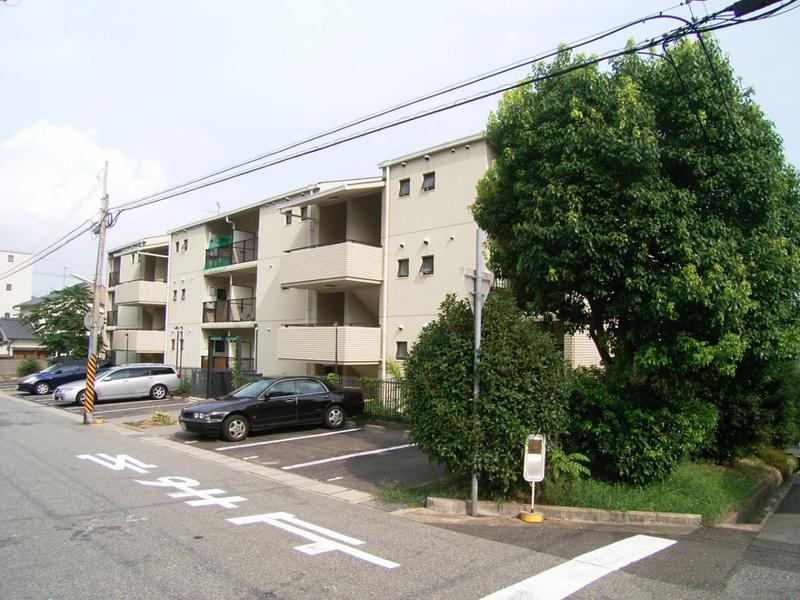 物件番号: 1025846144 ワコーレ赤坂山手  神戸市灘区赤坂通8丁目 3LDK マンション 画像1