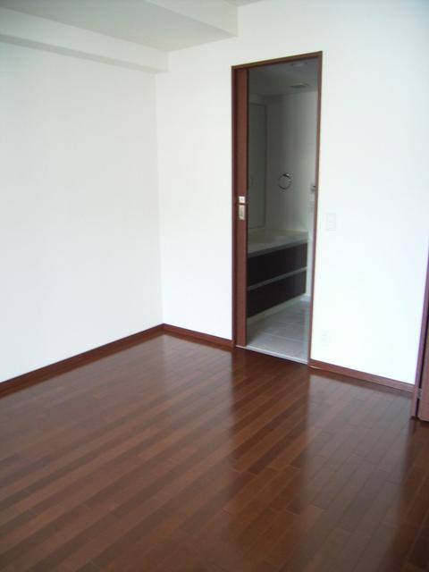 物件番号: 1025857036 インペリアル新神戸  神戸市中央区加納町2丁目 3LDK マンション 画像3