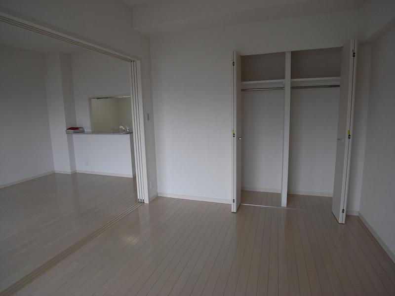 物件番号: 1025840374 エステムプラザ神戸西Ⅴミラージュ  神戸市兵庫区西宮内町 2LDK マンション 画像6