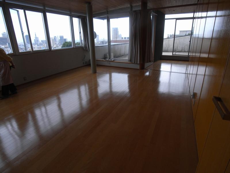物件番号: 1025840954 OKAMOTO HOUSE  神戸市中央区北野町3丁目 4LDK テラスハウス 画像1