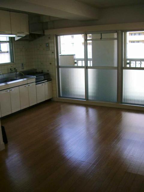 物件番号: 1025840991 エイコースカイハイツ  神戸市中央区中山手通2丁目 3LDK マンション 画像2