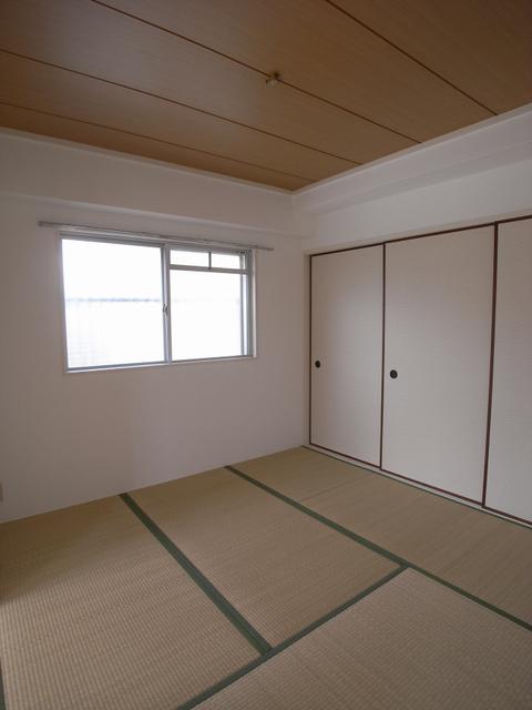 物件番号: 1025849063 Belltree須磨  神戸市須磨区妙法寺字トン松 3LDK マンション 画像6