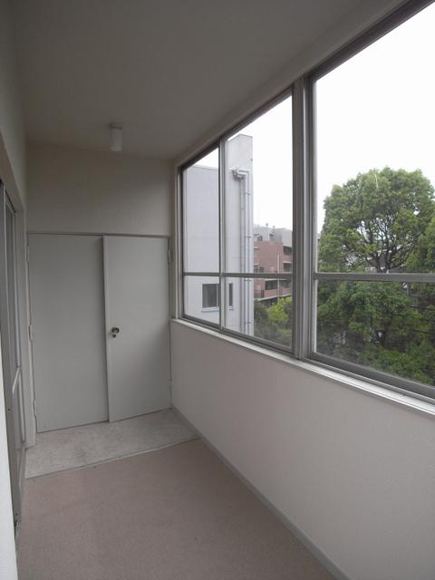 物件番号: 1025845663 山手タワーズ  神戸市中央区山本通4丁目 3LDK マンション 画像9